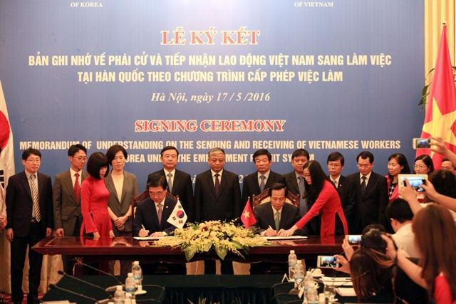 Ký kết Bản ghi nhớ về phái cử và tiếp nhận lao động Việt Nam đi làm việc tại Hàn Quốc theo Chương trình EPS