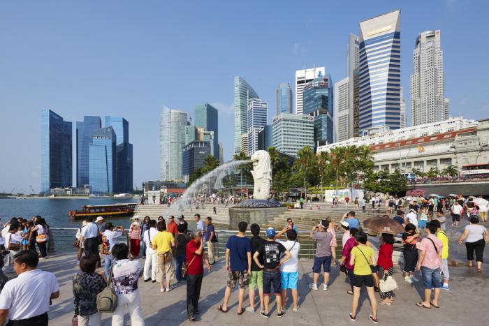 Nên hay không nên làm việc tại Singapore